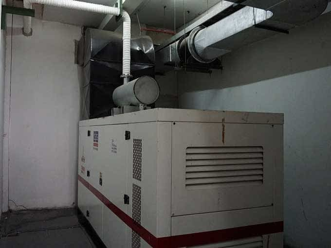Genset Indoor Vs. Genset Outdoor, Pilih Mana?